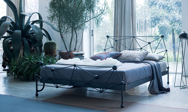 Astro bed collection by Ciacci