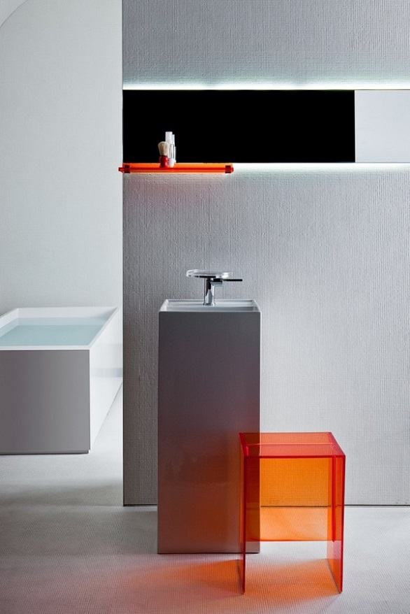 Bathroom becomes plastic with kartell by laufen my home for Decoration kartell
