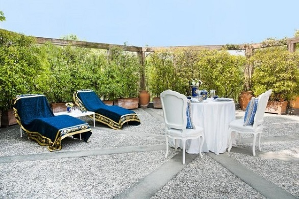 Versace Villa in Milan garden