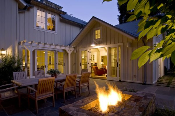 patio-night-furniture-outdoor-fireplace